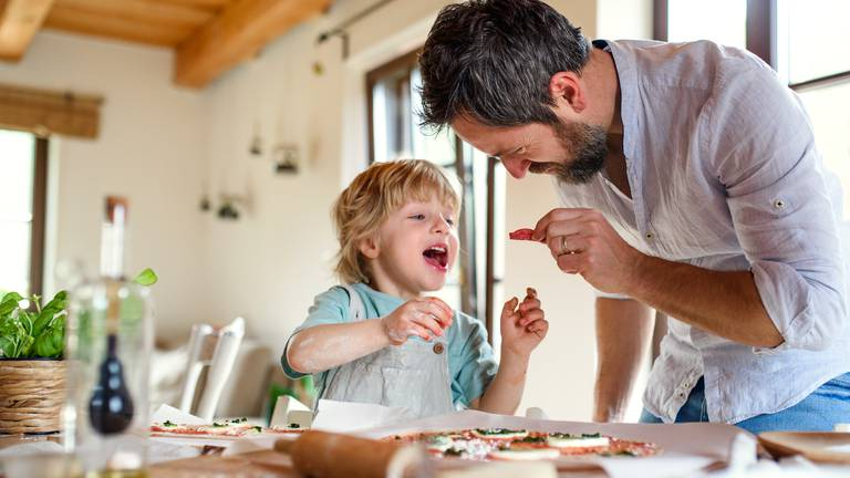 An image that illustrates this article Co-parenting: a day in the life of a working dad