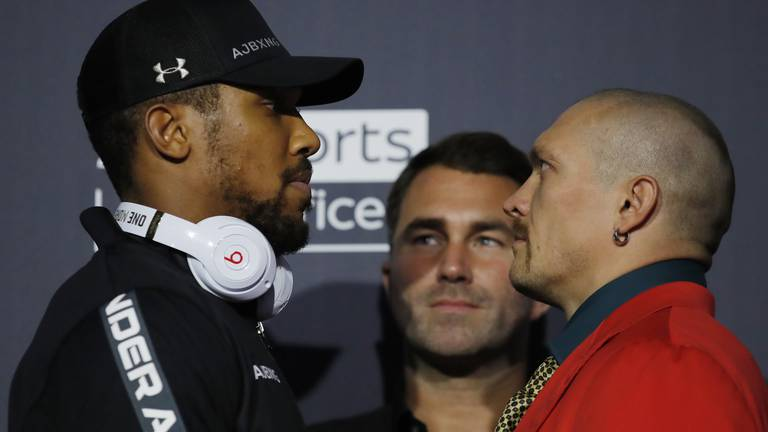 An image that illustrates this article Joshua v Usyk: How to watch the heavyweight title fight in the UAE