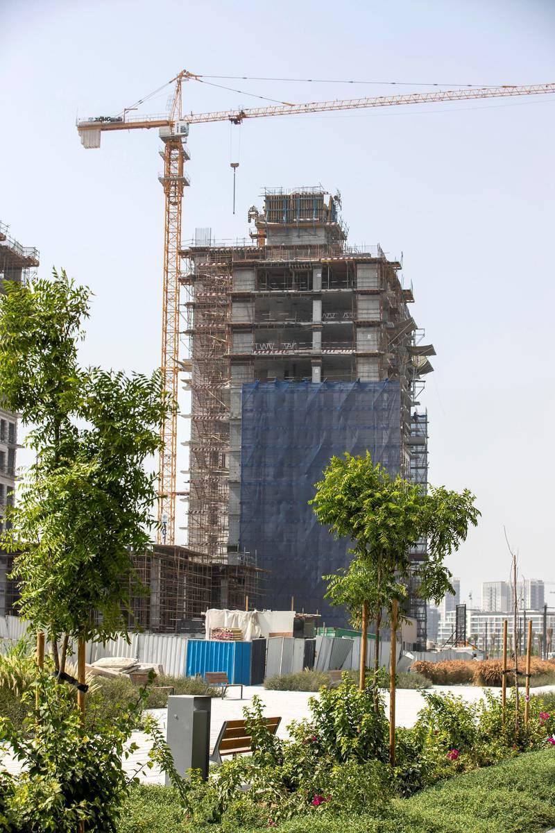 DUBAI, UNITED ARAB EMIRATES. 24 JUNE 2020. STOCK IMAGE. Ongoing construction work in the new Emaar development Dubai Hills. (Photo: Antonie Robertson/The National) Journalist: None. Section: National.