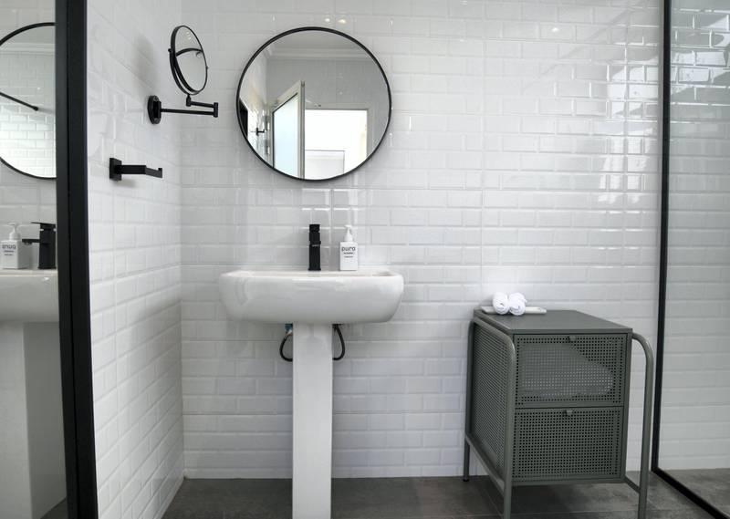 Abu Dhabi, United Arab Emirates - Private en-suite bathroom at Pure Eco Retreat on Jubail Island. Khushnum Bhandari for The National