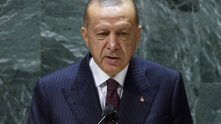 An image that illustrates this article Turkey's Erdogan eyes more Russian missiles