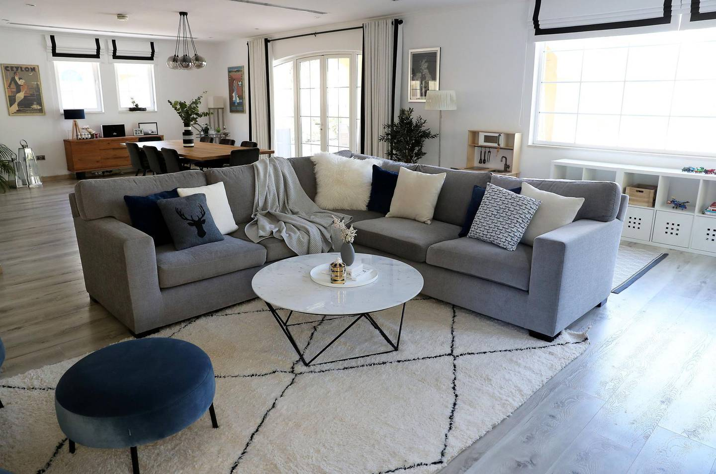 DUBAI , UNITED ARAB EMIRATES , October 29  – 2019 :- Interior designed by Emilie Jacob , Sameera Ameer and Julia Woodger at one of the villa in Jumeirah Park in Dubai.  ( Pawan Singh / The National )  For Weekend . Story by  Panna Munyal