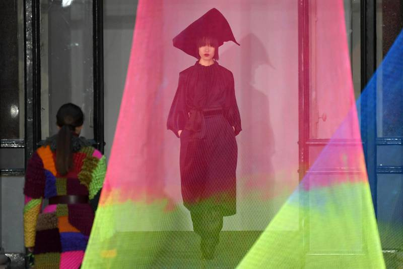A model presents a creation from the Roksanda collection during their 2020 Autumn / Winter collection catwalk show at the Foreign and Commonwealth Office during London Fashion Week in London on February 16, 2020. (Photo by DANIEL LEAL-OLIVAS / AFP)