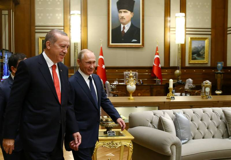 Turkish President Tayyip Erdogan meets with Russia's President VladimirÊPutin at the Presidential Palace in Ankara, Turkey, September 28, 2017. Kayhan Ozer/Presidential Palace/Handout via REUTERS ATTENTION EDITORS - THIS IMAGE HAS BEEN SUPPLIED BY A THIRD PARTY. NO RESALES. NO ARCHIVES