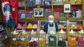 Lockdown spells disaster for Istanbul's independent traders
