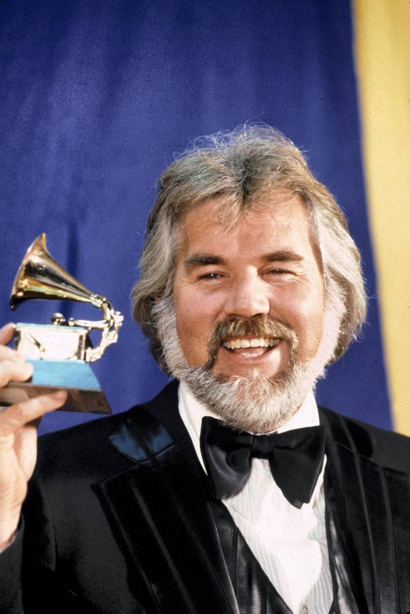 Kenny Rogers receives Grammy award 1980 © 1980 Gunther