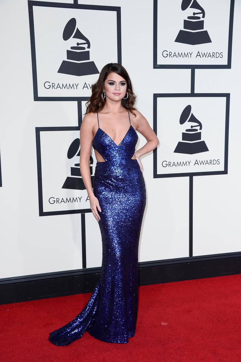 epa05163284 Selena Gomez arrives for the 58th annual Grammy Awards ceremony at the Staples Center in Los Angeles, California, USA, 15 February 2016.  EPA/PAUL BUCK