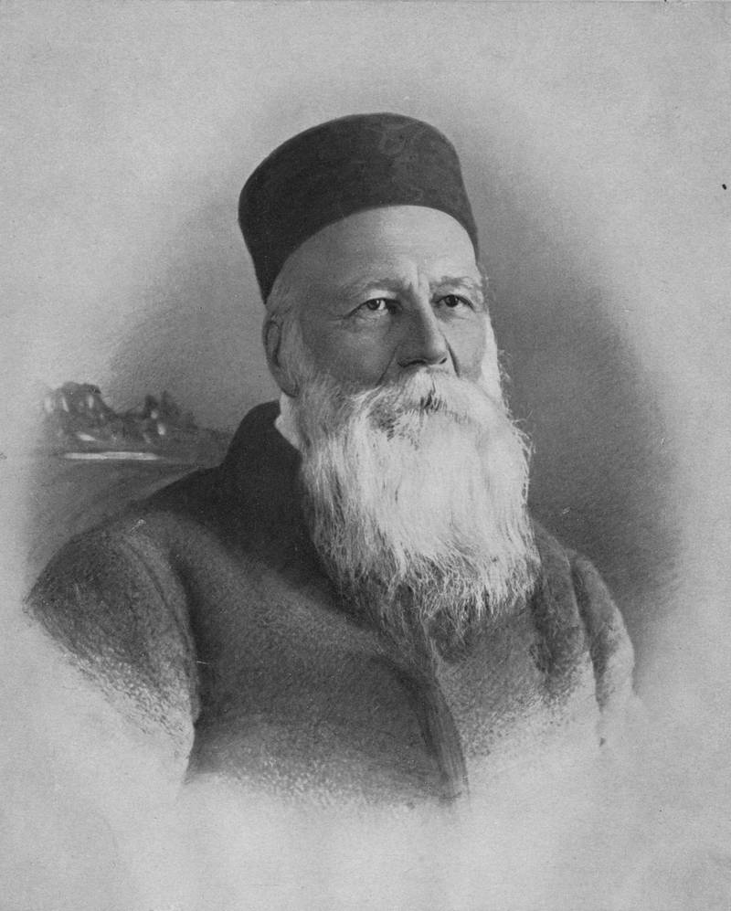 circa 1900:  Swiss philanthropist and founder of the Red Cross Jean Henri Dunant (1828 - 1910).  (Photo by Hulton Archive/Getty Images)