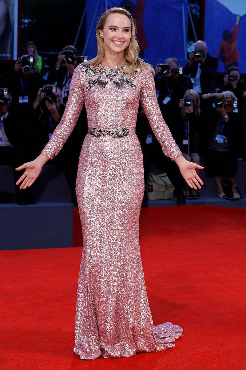 VENICE, ITALY - SEPTEMBER 06:  Actress Suki Waterhouse attends the premiere of 'The Bad Batch' during the 73rd Venice Film Festival at Sala Grande on September 6, 2016 in Venice, Italy.  (Photo by Andreas Rentz/Getty Images)