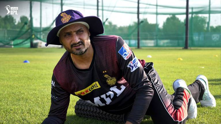 An image that illustrates this article IPL 2021: Harbhajan urges Kolkata to 'win every game' to keep title hopes alive