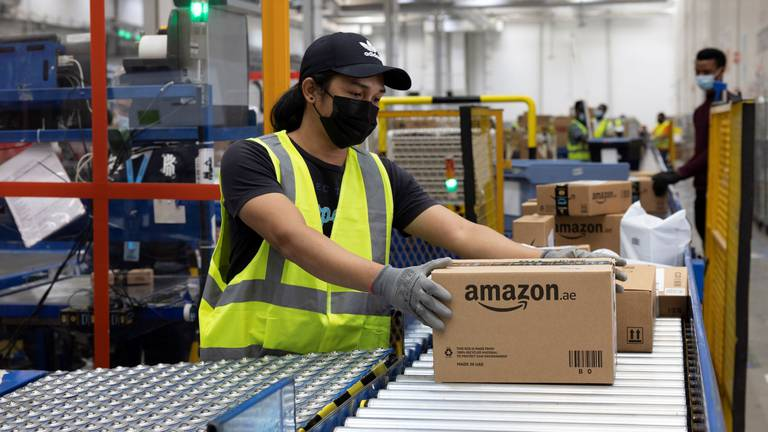 An image that illustrates this article Amazon to create 1,500 jobs in UAE