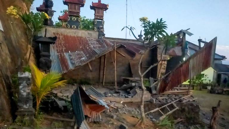 An image that illustrates this article At least 3 dead after earthquake rocks Bali