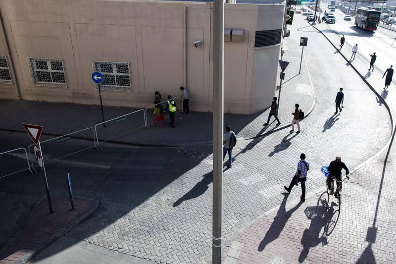 epa08334726 Barricades are placed to block the entrance of Dubai old market and gold market after the full lockdown, Dubai, United Arab Emirates, 31 March 2020. Reports state authorities on 31 March ordered a two-week complete closure of the area. Authorities have previously imposed partial lockdown across the Emirates from 8pm to 6am local time until 05 April with the possibility of extension.  EPA/MAHMOUD KHALED