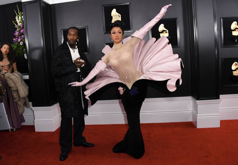 TOPSHOT - US rapper Cardi B and Offset arrive for the 61st Annual Grammy Awards on February 10, 2019, in Los Angeles.  / AFP / VALERIE MACON