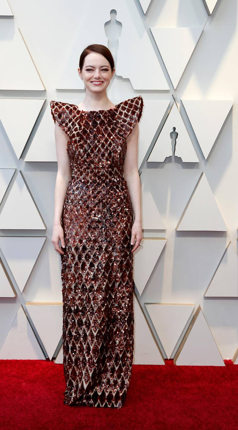 epa07395040 Emma Stone arrives for the 91st annual Academy Awards ceremony at the Dolby Theatre in Hollywood, California, USA, 24 February 2019. Dress by Louis Vuitton. The Oscars are presented for outstanding individual or collective efforts in 24 categories in filmmaking.  EPA-EFE/ETIENNE LAURENT