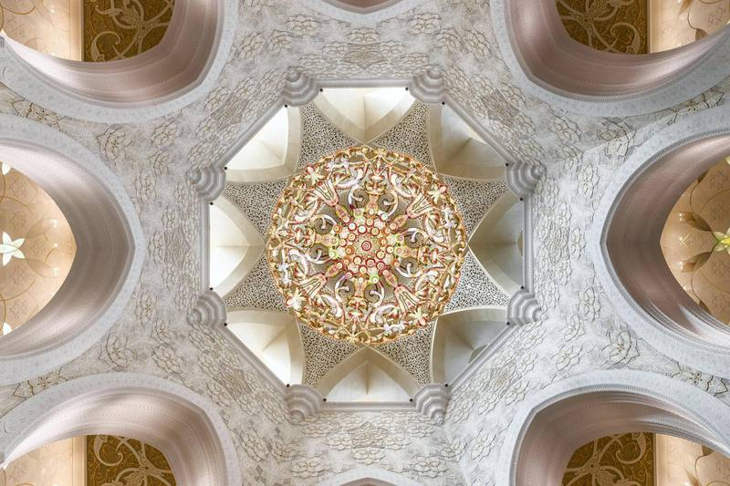 ABU DHABI, UNITED ARAB EMIRATES. 04 DECEMBER 2017. SHORTHAND piece on the anniversary of the Sheikh Zayed Grand Mosque in Abu Dhabi. Interior view of the mosque showing the internal structure and detailing. Constructed between 1996 to 2007 it was designed by Syrian architect Yousef Abdelky. The building complex measures approximately 290m by 420m and covers an area of more than 12 hectares. (Photo: Antonie Robertson/The National) Journalist: John Dennehy. Section: SHORTHAND.