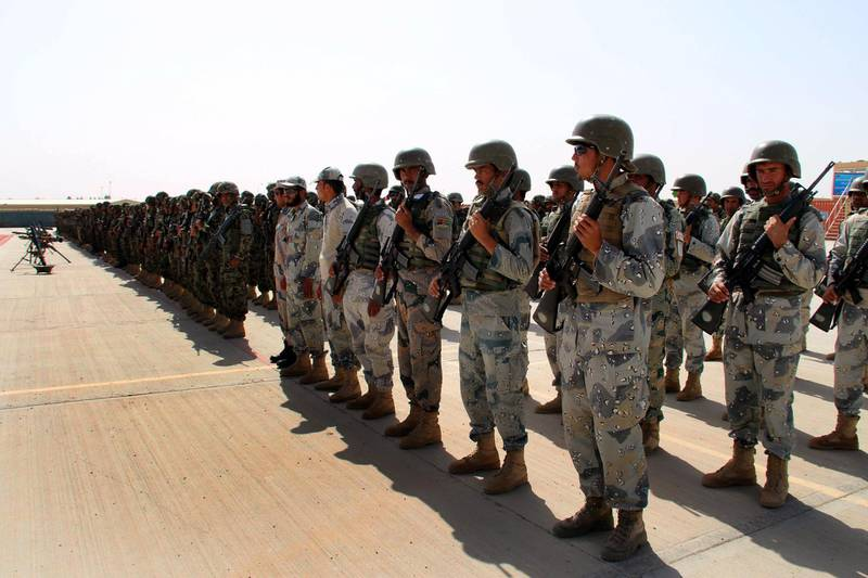 epa06694637 Afghan soldiers attend a graduation ceremony of Afghan National Army soldiers in Shorabak district of Helmand province, Afghanistan, 26 April 2018. Some 700 Afghan National Army soldiers, trained by the US assistance were graduated from 215 Maiwand Corps Headquarter in Shorabak near camp Bastion in Helmand.  EPA/WATAN YAR