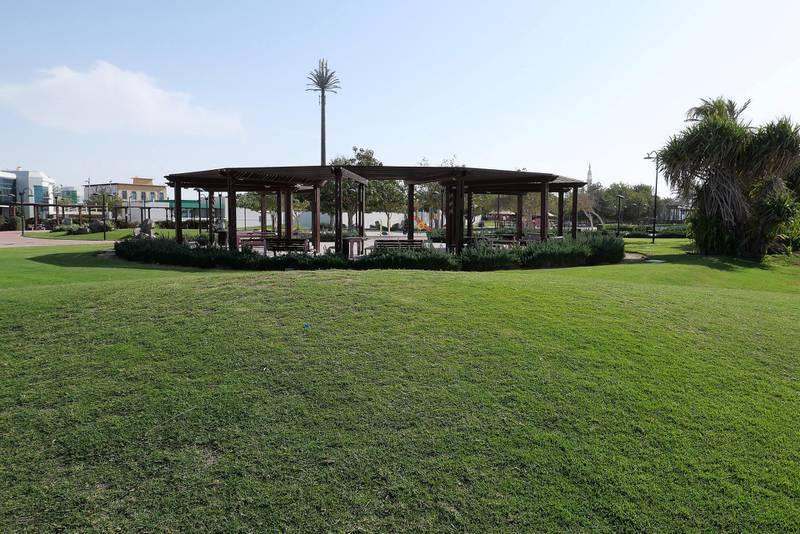 DUBAI, UNITED ARAB EMIRATES , Feb 08 – View of the Umm Suqeim park in Umm Suqeim area in Dubai. (Pawan Singh / The National) For News/Stock/Online/Instagram. Story by Georgia
