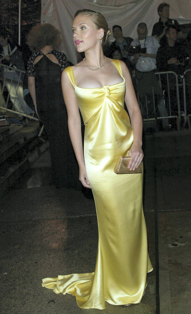 """NEW YORK - APRIL 26:   Actress Scarlett Johansson attends the """"Dangerous Liaisons: Fashion and Furniture in the 18th Century"""" Costume Institute benefit gala at the Metropolitan Museum of Art April 26, 2004 in New York City. (Photo by Evan Agostini/Getty Images)"""
