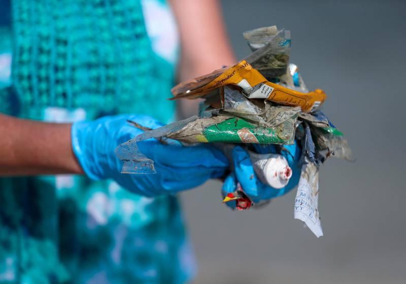 Abu Dhabi, March 23, 2018.  Beach clean up at Lulu Island by volunteers.Victor Besa / The NationalNationalReporter:  Nick Webster