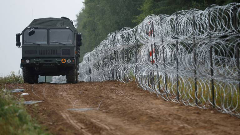 An image that illustrates this article Poland almost doubles troop numbers on Belarus border