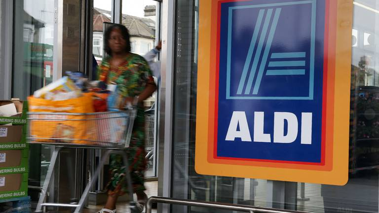 An image that illustrates this article German supermarket Aldi to create 2,000 jobs in UK expansion