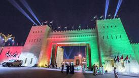 Abu Dhabi launches free bus service to Sheikh Zayed Heritage Festival