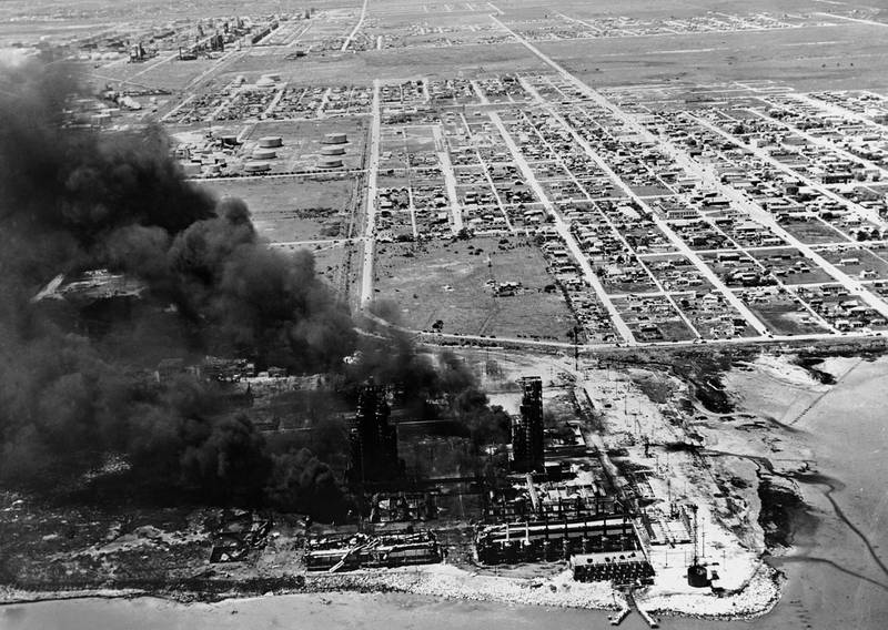 The smoking remains of the Monsanto chemical plant in the aftermath of the Texas City Disaster, in which nearly 600 people were killed by an explosion of ammonium nitrate fertilizer being transported by the SS Grandcamp, 22nd April 1947. (Photo by Keystone/Hulton Archive/Getty Images)