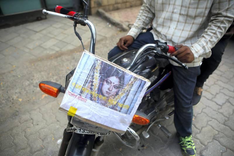 27 Feb 2018, Mumbai - INDIA Sridevi's portrait respectfully put by Dilip Chauhan and Sohan Hatkar on their Bike. (Subhash Sharma for The National)