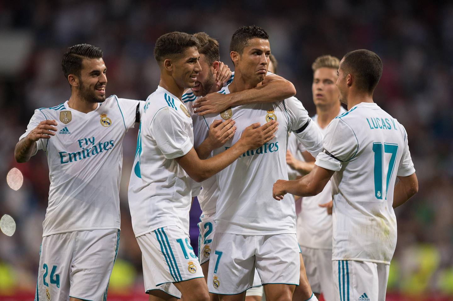 MADRID, SPAIN - AUGUST 23: Cristiano Ronaldo of Real Madrid CF celebrates after scoring his teamÕs 2nd goalduring the Santiago Bernabeu Trophy match between Real Madrid CF and ACF Fiorentina at Estadio Santiago Bernabeu on August 23, 2017 in Madrid, Spain. (Photo by Denis Doyle/Getty Images)
