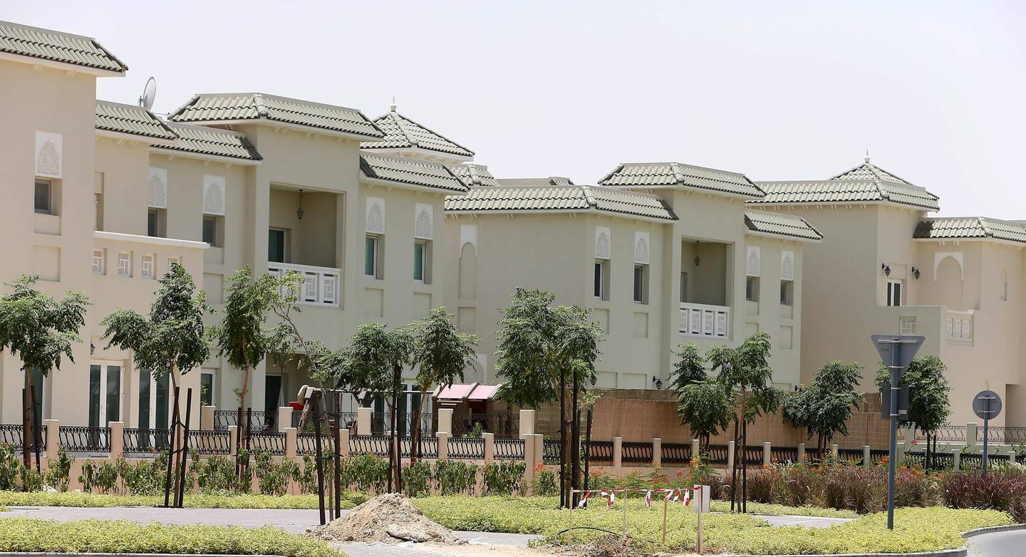 DUBAI , UNITED ARAB EMIRATES Ð May 30 , 2013 : View of the villas in Al Furjan area near Discovery Gardens in Dubai.  ( Pawan Singh / The National ) For Business Stock