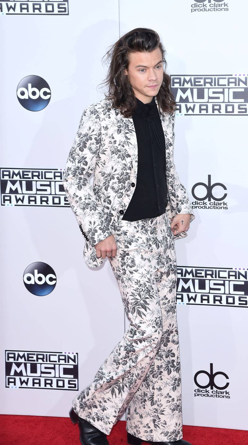 LOS ANGELES, CA - NOVEMBER 22:  Singer Harry Styles of One Direction arrives at the 2015 American Music Awards at Microsoft Theater on November 22, 2015 in Los Angeles, California.  (Photo by C Flanigan/Getty Images)