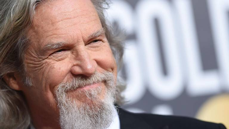 An image that illustrates this article Jeff Bridges got Covid while battling lymphoma: 'It made cancer look like a piece of cake'