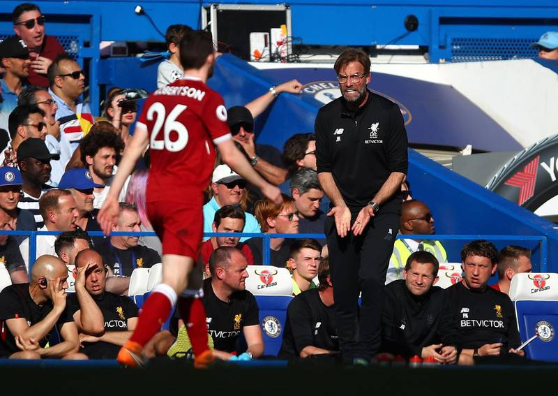 LONDON, ENGLAND - MAY 06:  Manager of Liverpool Jurgen Klopp shouts instructions during the Premier League match between Chelsea and Liverpool at Stamford Bridge on May 6, 2018 in London, England.  (Photo by Julian Finney/Getty Images)