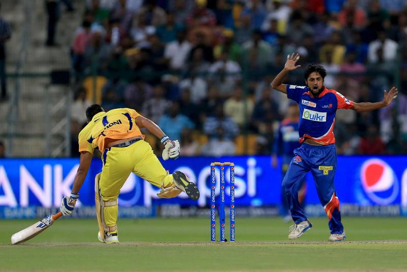 ABU DHABI - UNITED ARAB EMIRATES - 21APR2014 -  Shahbaz Nadeem of Delhi Daredevils appeals for MS Dhoni wicket at Zayed Cricket Stadium last night in Abu Dhabi. Ravindranath K / The National (to go with Osman for Sports)