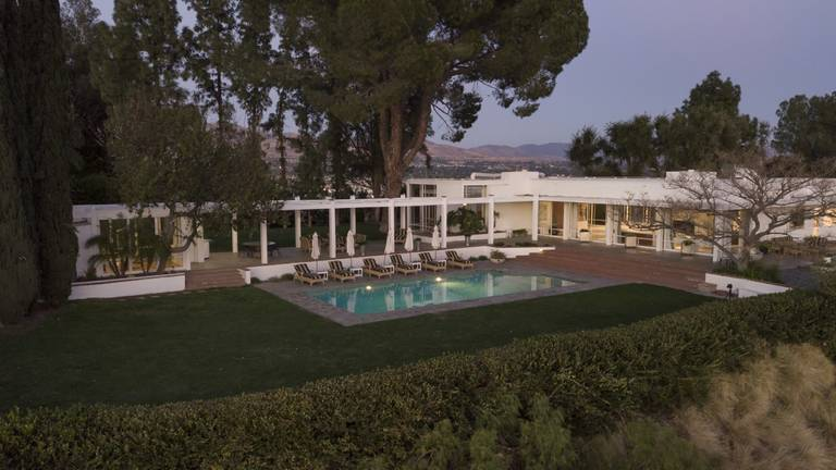An image that illustrates this article Frank Sinatra's $21.5m former home and party pad - international property of the week
