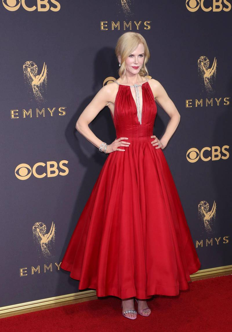 epa06211677 Nicole Kidman arrives for the 69th annual Primetime Emmy Awards ceremony held at the Microsoft Theater in Los Angeles, California, USA, 17 September 2017. The Primetime Emmys celebrate excellence in national primetime television programming.  EPA-EFE/JIMMY MORRIS