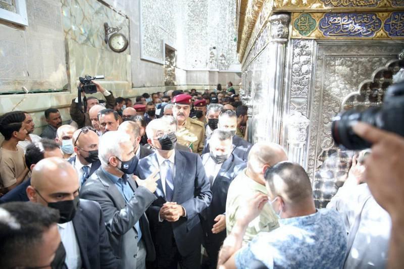 Iraqi President Barham Salih at Abu Hanifa Mosque. Photo: @barhamsalih
