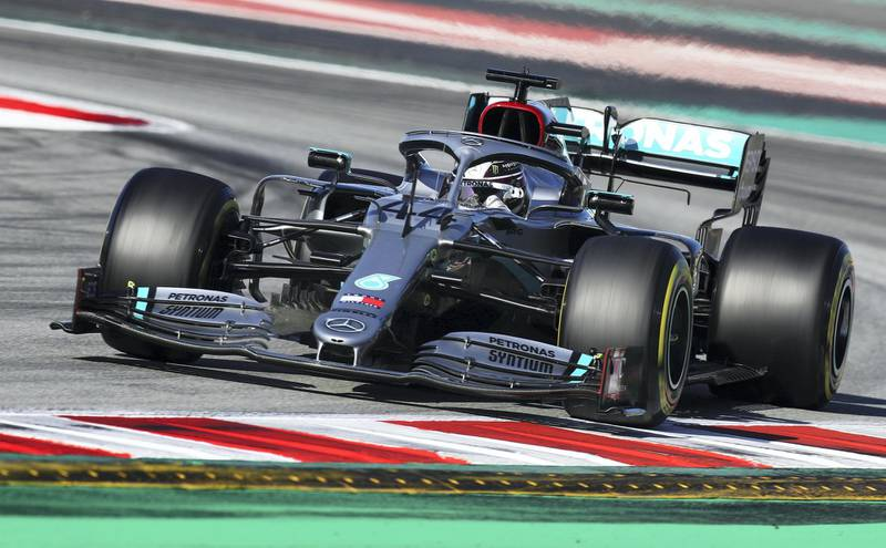 BARCELONA, SPAIN - FEBRUARY 28: Lewis Hamilton of Great Britain driving the (44) Mercedes AMG Petronas F1 Team Mercedes W11 on track during Day Three of F1 Winter Testing at Circuit de Barcelona-Catalunya on February 28, 2020 in Barcelona, Spain. (Photo by Mark Thompson/Getty Images)
