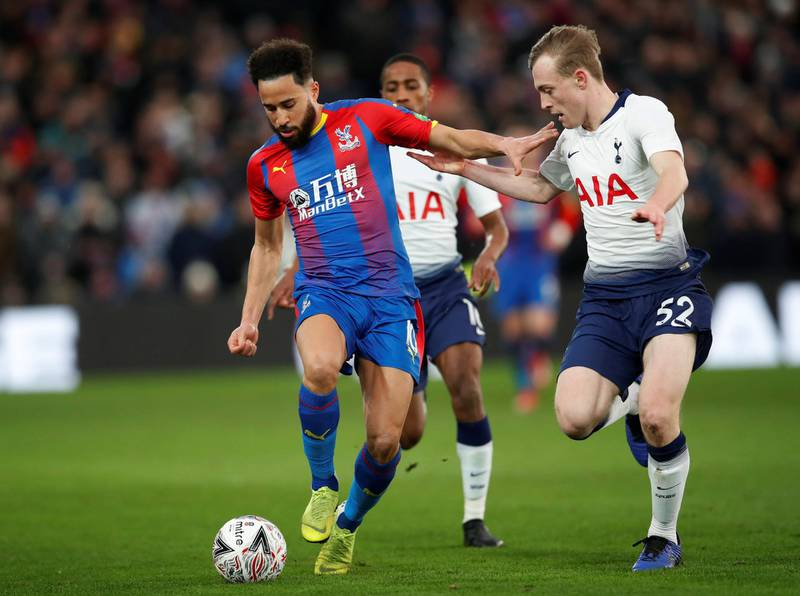 Soccer Football - FA Cup Fourth Round - Crystal Palace v Tottenham Hotspur - Selhurst Park, London, Britain - January 27, 2019  Crystal Palace's Andros Townsend in action with Tottenham's Oliver Skipp      REUTERS/David Klein