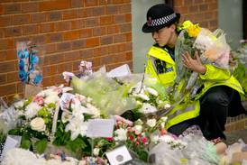 Tackling extremism 'too challenging' for UK politicians