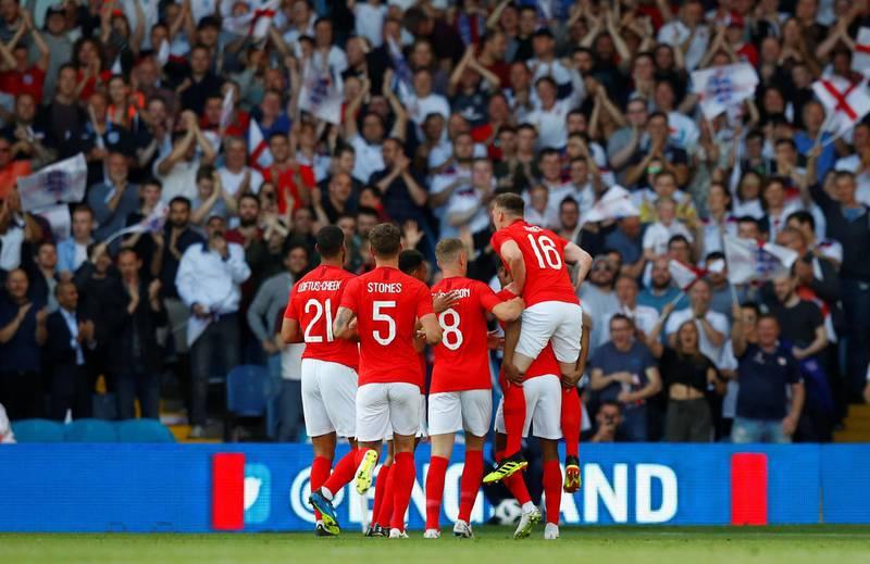 Soccer Football - International Friendly - England vs Costa Rica - Elland Road, Leeds, Britain - June 7, 2018   England's Marcus Rashford celebrates scoring their first goal with teammates   REUTERS/Phil Noble
