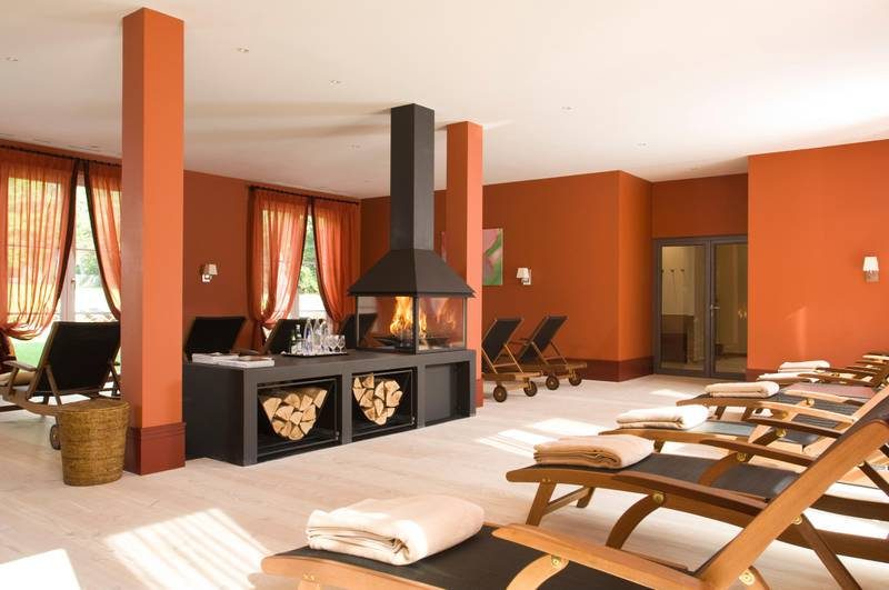 A handout photo of Relaxation room at Graeflicher Park Hotel & Spa (Courtesy: Graeflicher Park Hotel & Spa)