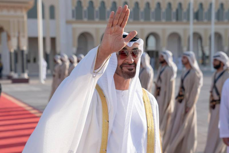 ABU DHABI, UNITED ARAB EMIRATES - June 14, 2019: HH Sheikh Mohamed bin Zayed Al Nahyan, Crown Prince of Abu Dhabi and Deputy Supreme Commander of the UAE Armed Forces (C) bids farewell to HM King Sultan Abdullah Sultan Ahmad Shah of Malaysia (not shown), at the Presidential Airport.  ( Hamad Al Kaabi / Ministry of Presidential Affairs ) ---