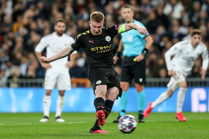 epa08250926 Manchester City's Kevin De Bruyne scores on penalty during the UEFA Champions League round of 16, first leg, soccer match between Real Madrid and Manchester City at Santiago Bernabeu stadium in Madrid, Spain, 26 February 2020.  EPA/RODRIGO JIMENEZ