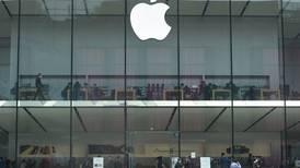 Apple finds no evidence hackers exploited iPhone and iPad email flaw