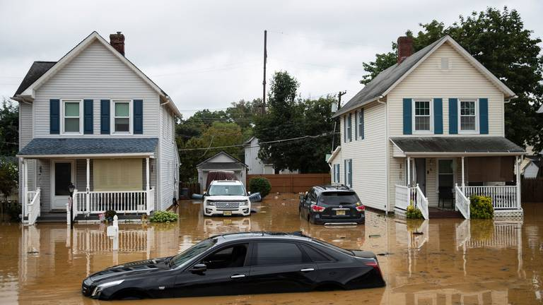 An image that illustrates this article White House launches plan to deal with 'systemic' risks of climate change