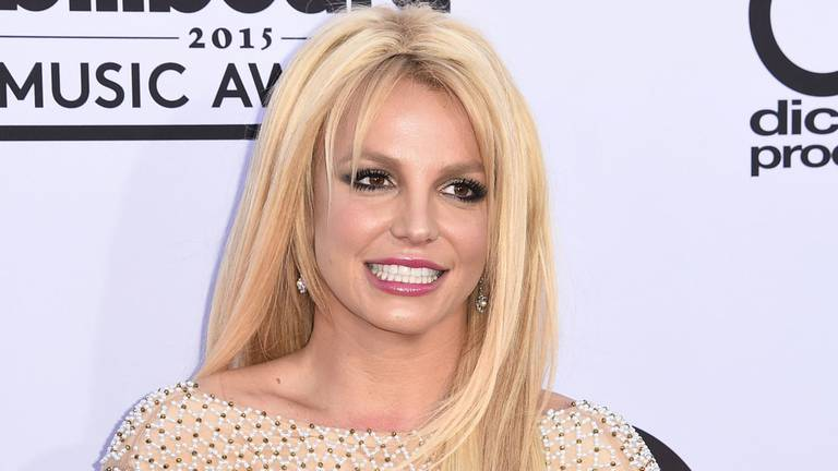 An image that illustrates this article Britney Spears 'taking a break' from social media to celebrate engagement