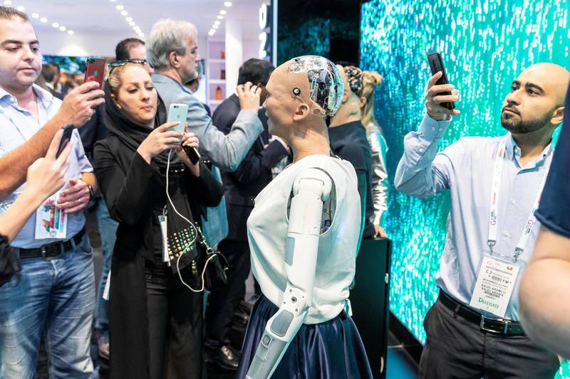 DUBAI, UNITED ARAB EMIRATES. 14 OCTOBER 2018. GITEX 2019. The Saudi robot Sofia at the Etisalat stand. (Photo: Antonie Robertson/The National) Journalist: Patrick Ryan. Section: National.