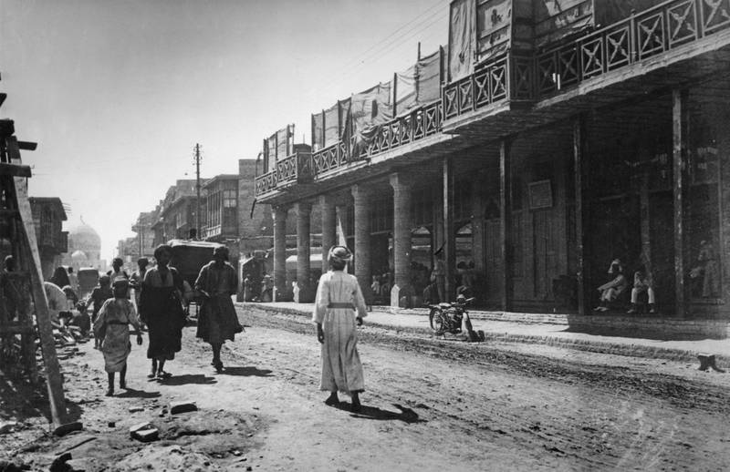 Street scene in Baghdad, Iraq, circa 1940. (Photo by Hulton Archive/Getty Images)